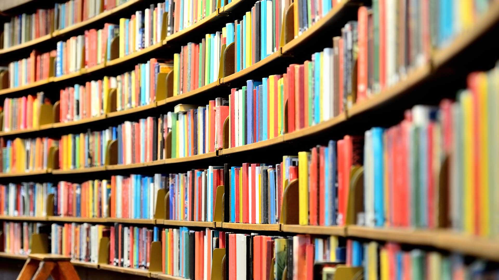 Bücherei bilder  Buecherei Garching / Alz: Bücherei Garching an der Alz
